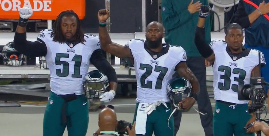 Malcolm Jenkins among 4 Eagles to raise fists in protest