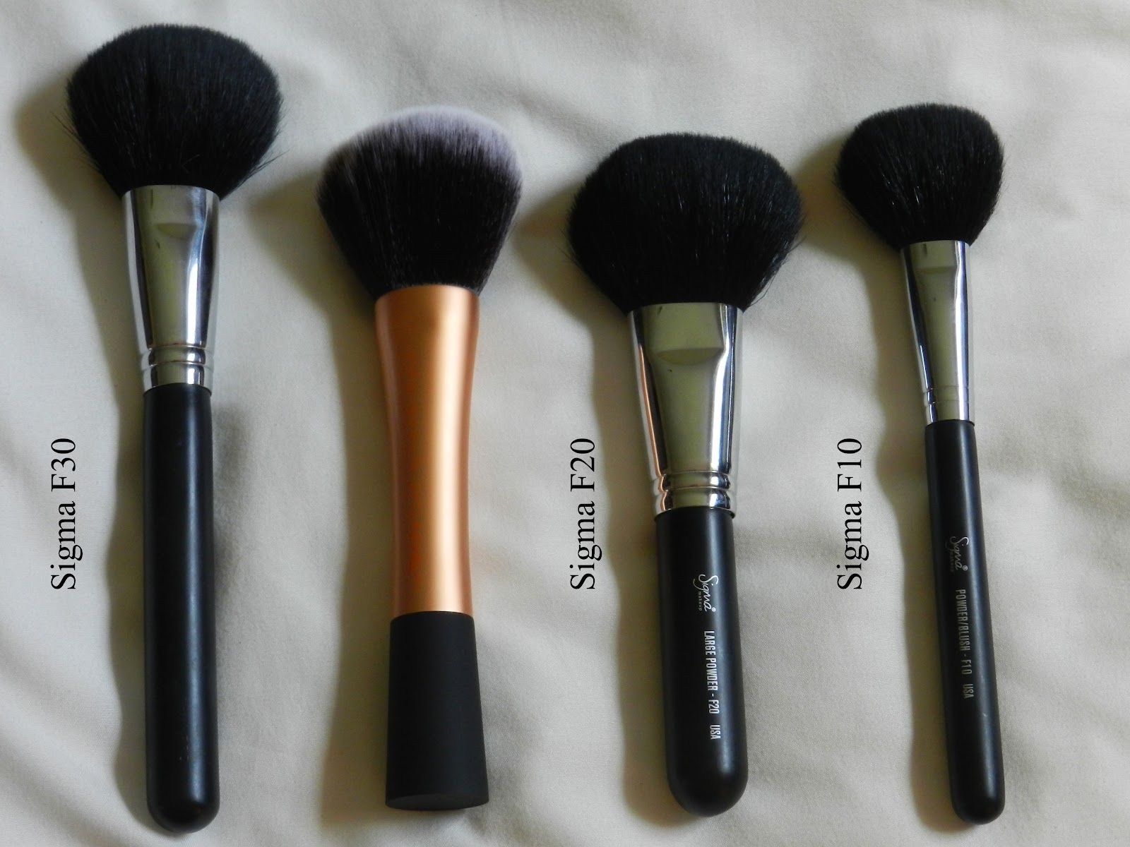 MAKEUP BRUSHES Review & Comparison of Real Techniques