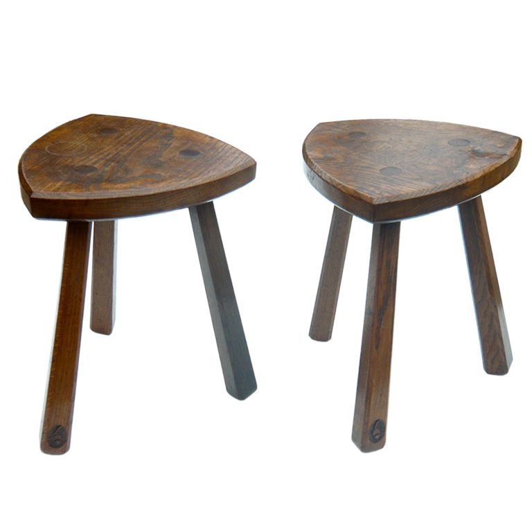 1stdibs.com | A Pair of Early 20th century English Elm Stools