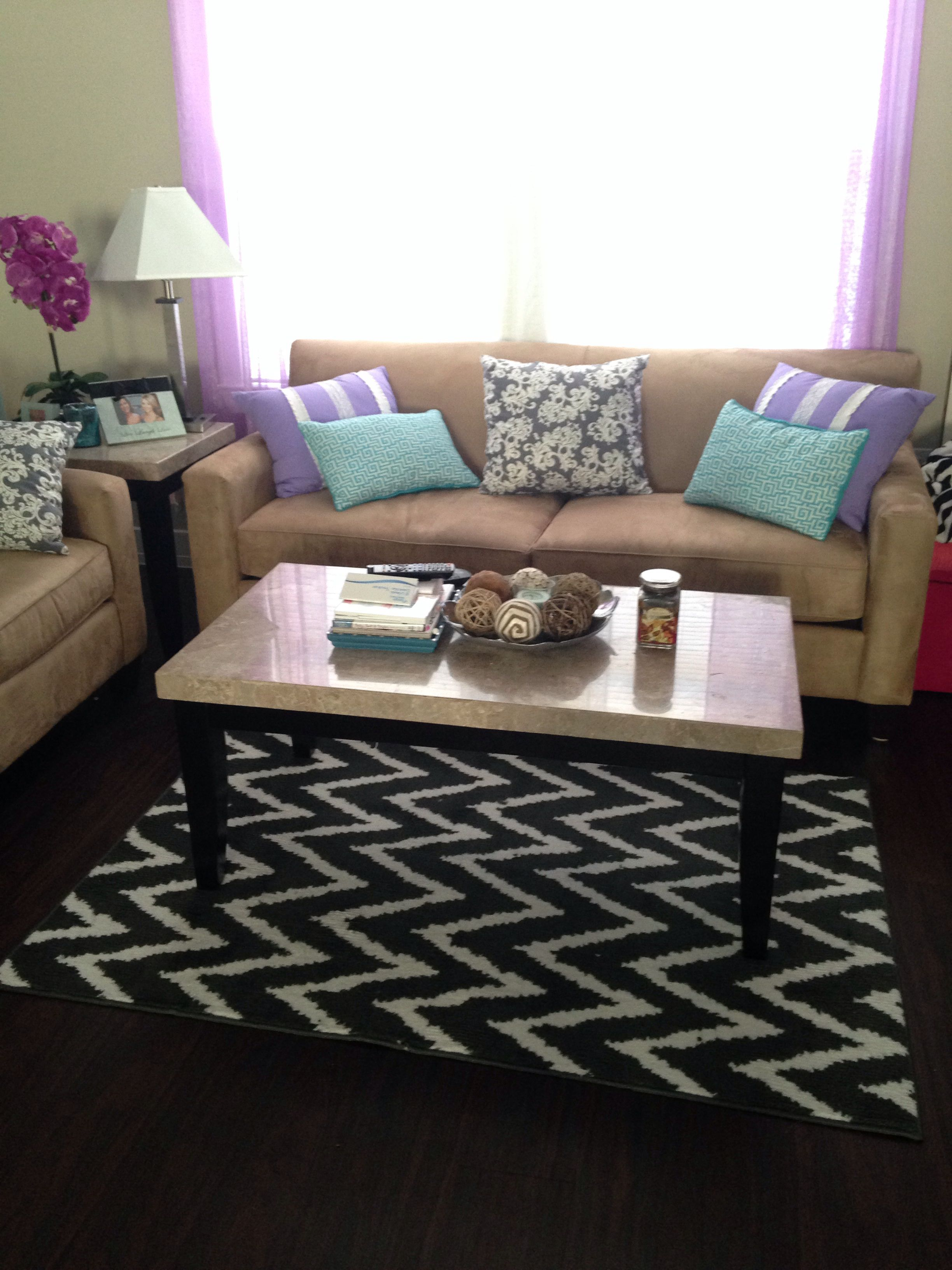 Redecorating Living Room: So Simple...But More The Look I'm Going For In