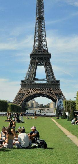 American University of Paris.