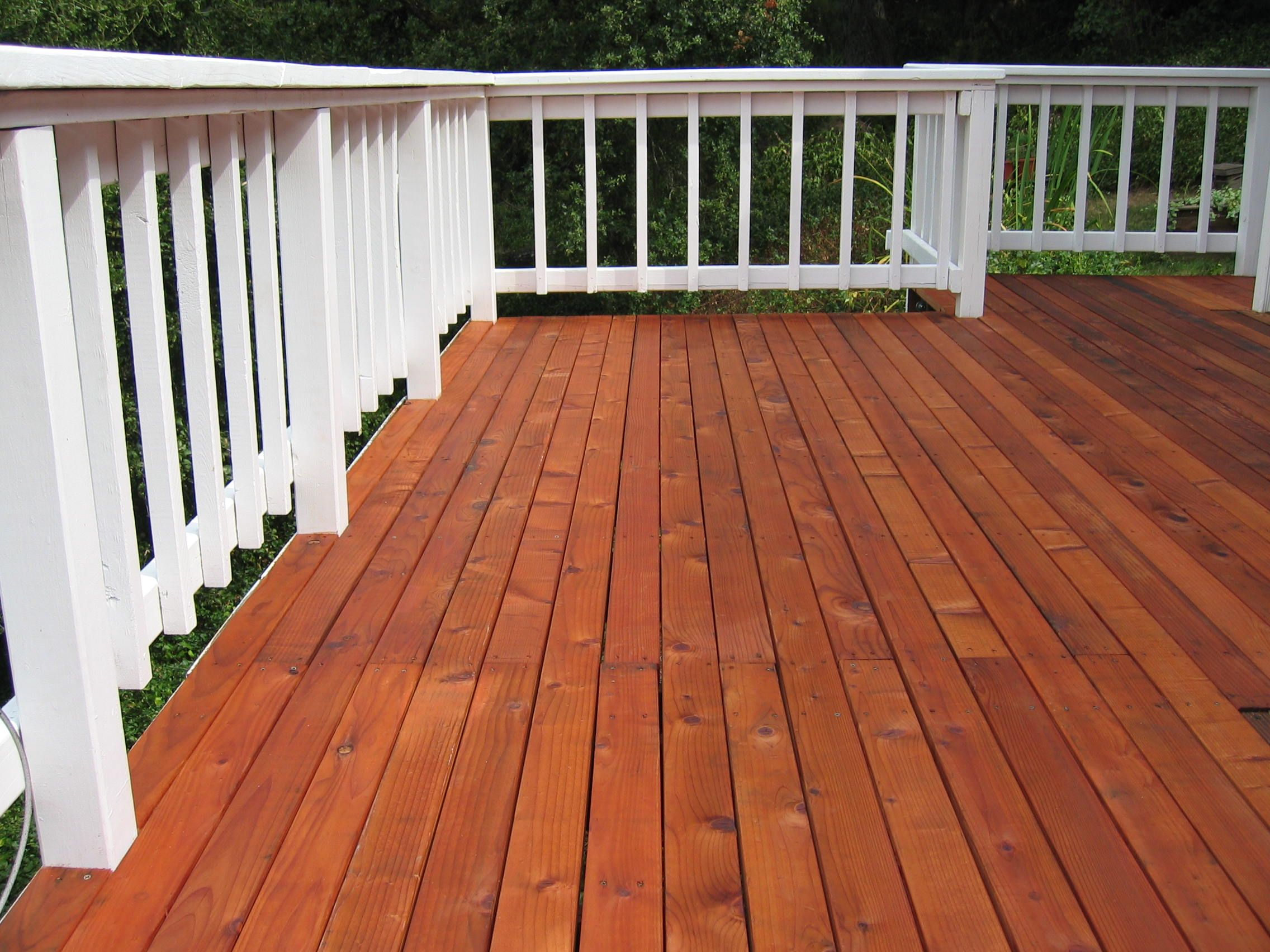 Hand Rail Finish Cabot Solid Stain White Deck Board