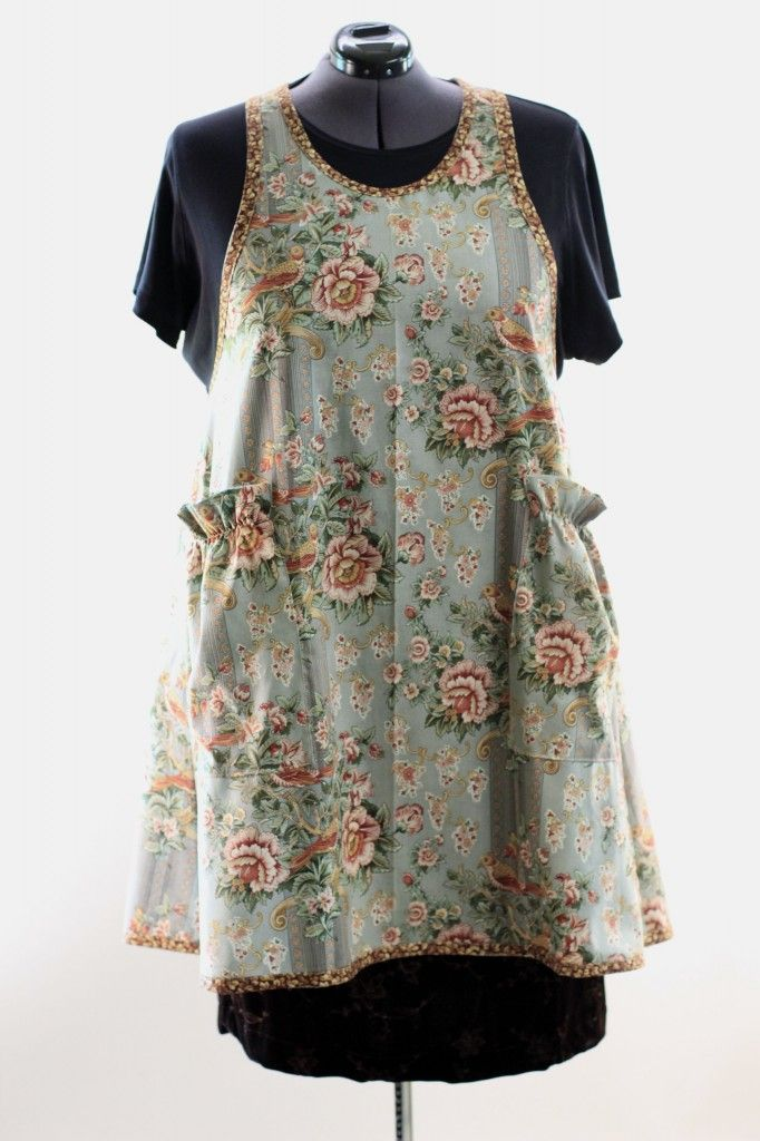 Plus Size No Tie Apron in Vintage Floral 2 | Aprons for Baking with ...
