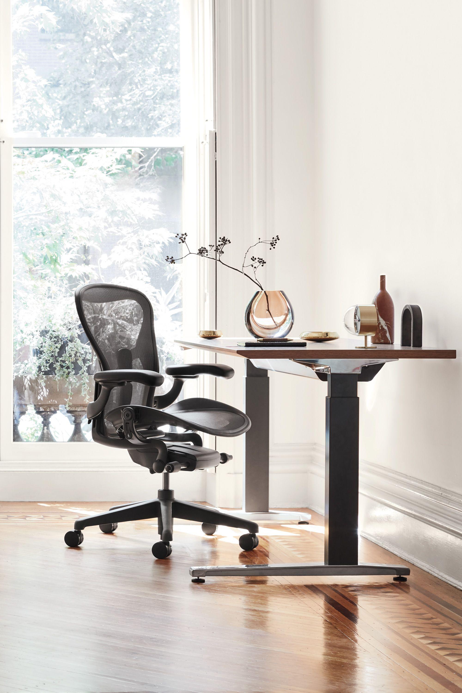 Aeron Chair In 2020 Home Office Chairs Aeron Chairs Home Office Desks