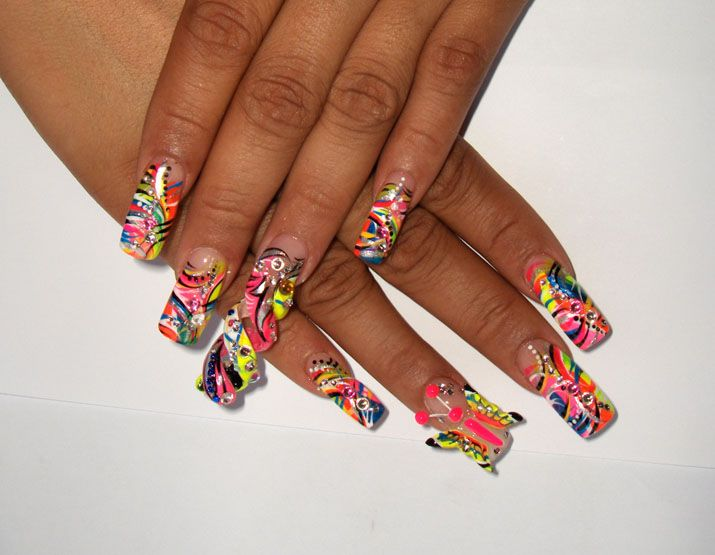 images of 3D nail art | 3d spiral, 3d butterfly - Nail Art Archive ...