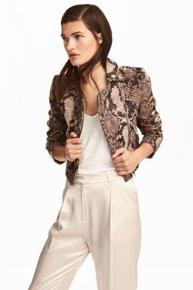 4bbd8340d9f93 Elle est magnifique cette veste !  OhMesCilsStyliste Veste à motif jacquard  - Motif peau de serpent - FEMME   H M FR 1