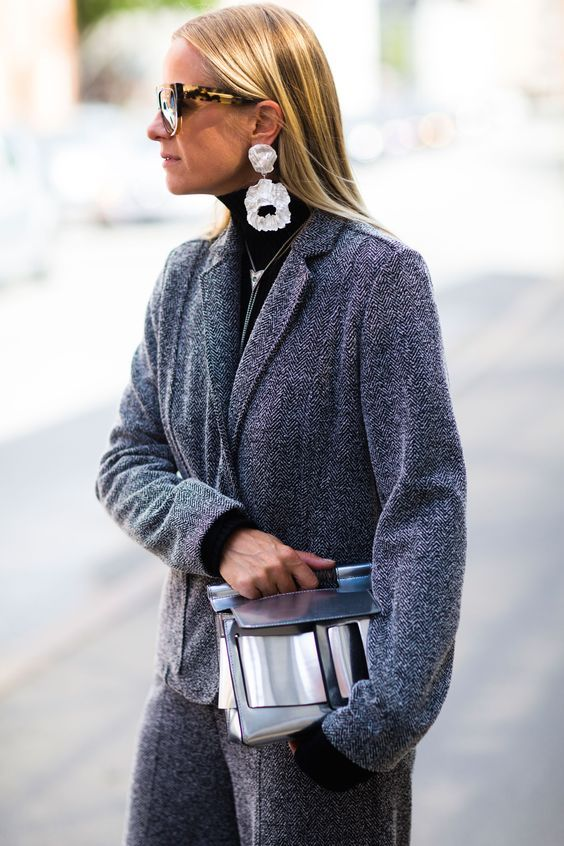 Statement earrings with grey coat #streetstyle