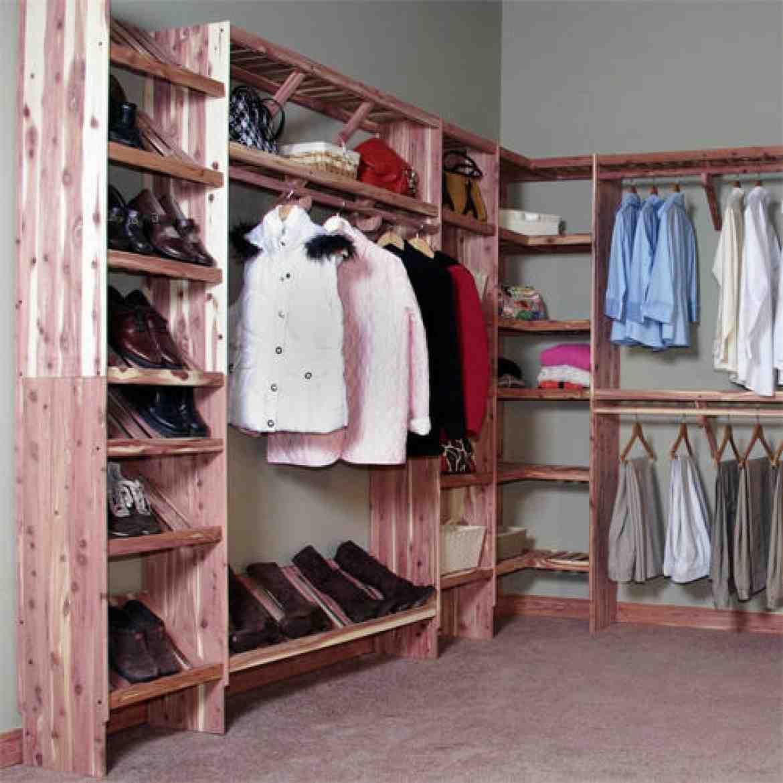 Cedar Green 96 Complete Cedar Closet Kit Guest Room Walk In Closet Kits Cedar Closet Closet Design