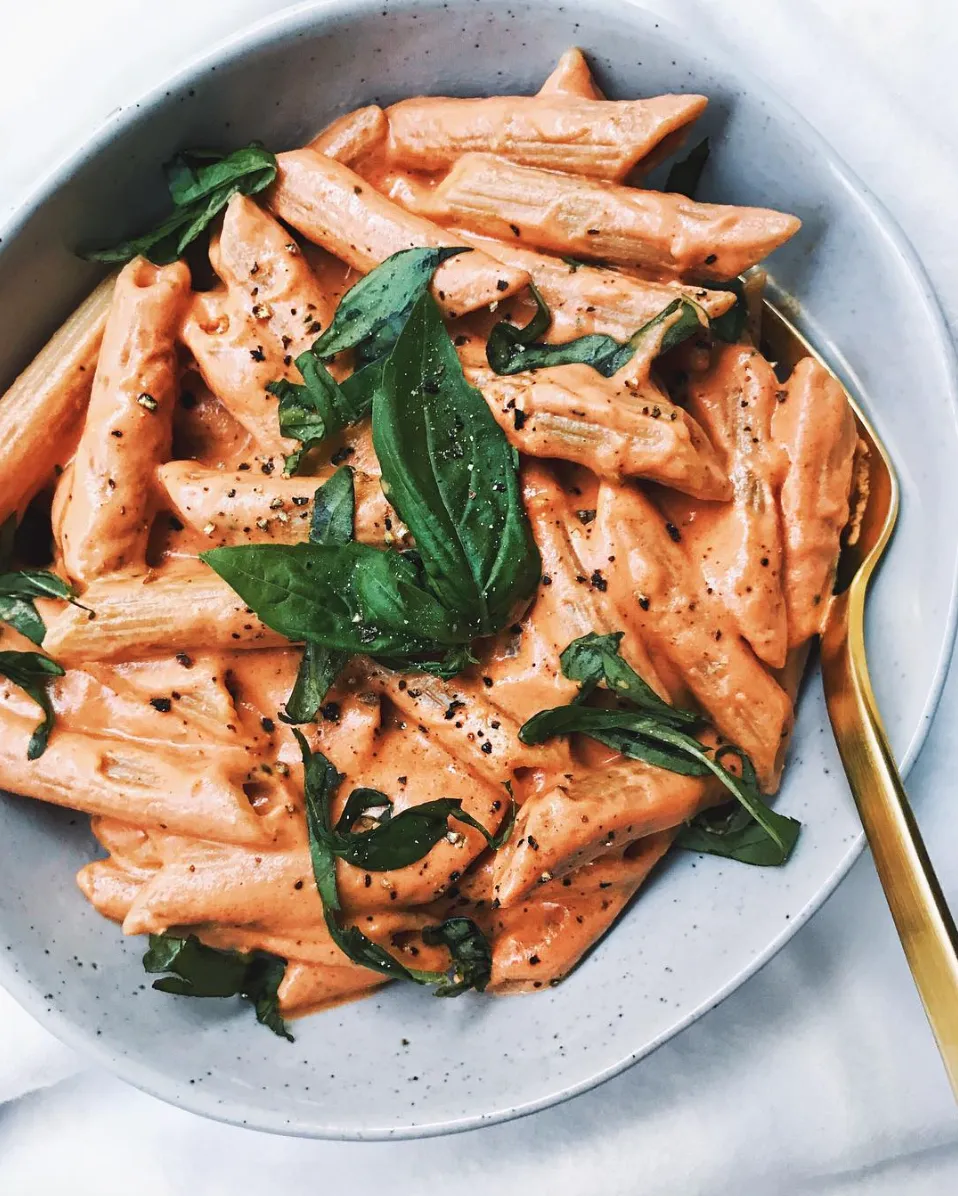 Pasta With Vegan Cashew Cream Tomato Sauce Recipe With Images Whole Food Recipes Aesthetic Food Recipes