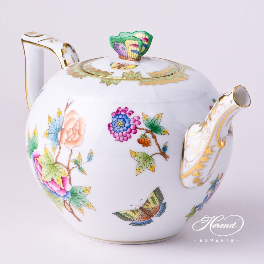 Tea Pot - Queen Victoria #teapots