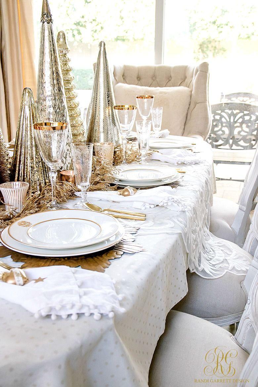 Elegant Gold Christmas Table Scape Randi Garrett Design Christmas Table Centerpieces Christmas Dining Table Christmas Centerpieces