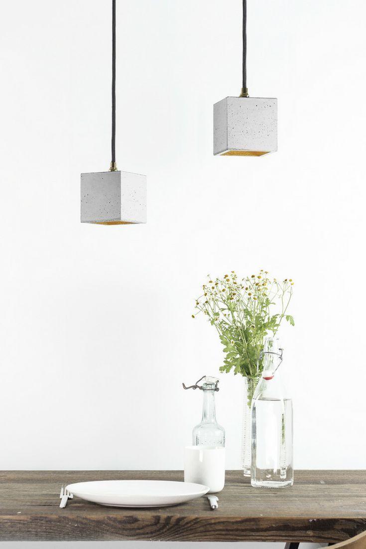 Betonlampe im Cube Style für gemütliches Licht über dem Esstisch