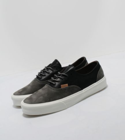 Vans California Era Two Tone Size?
