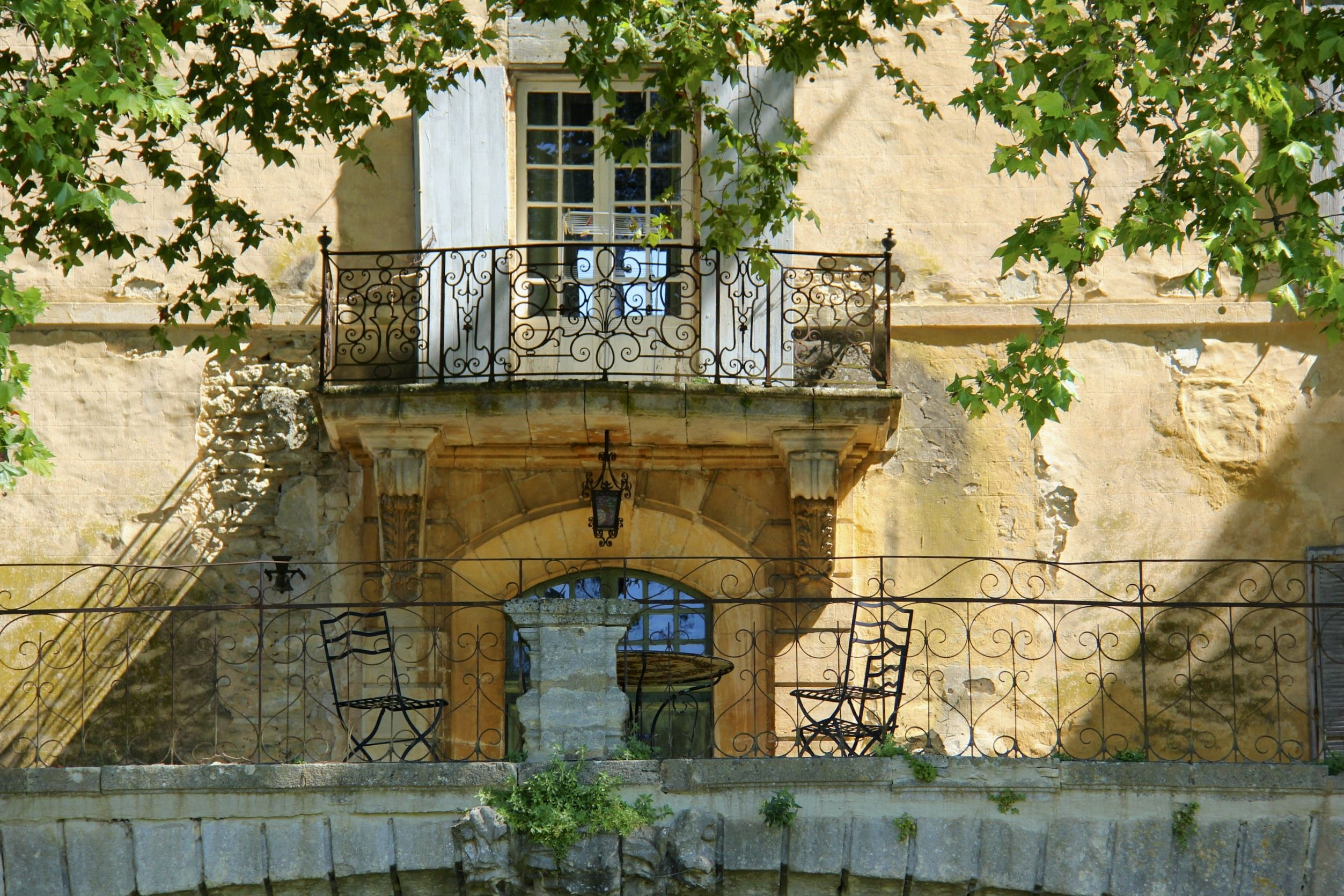 Chateau La Canorgue Provence Garden Villa Style Houses In France