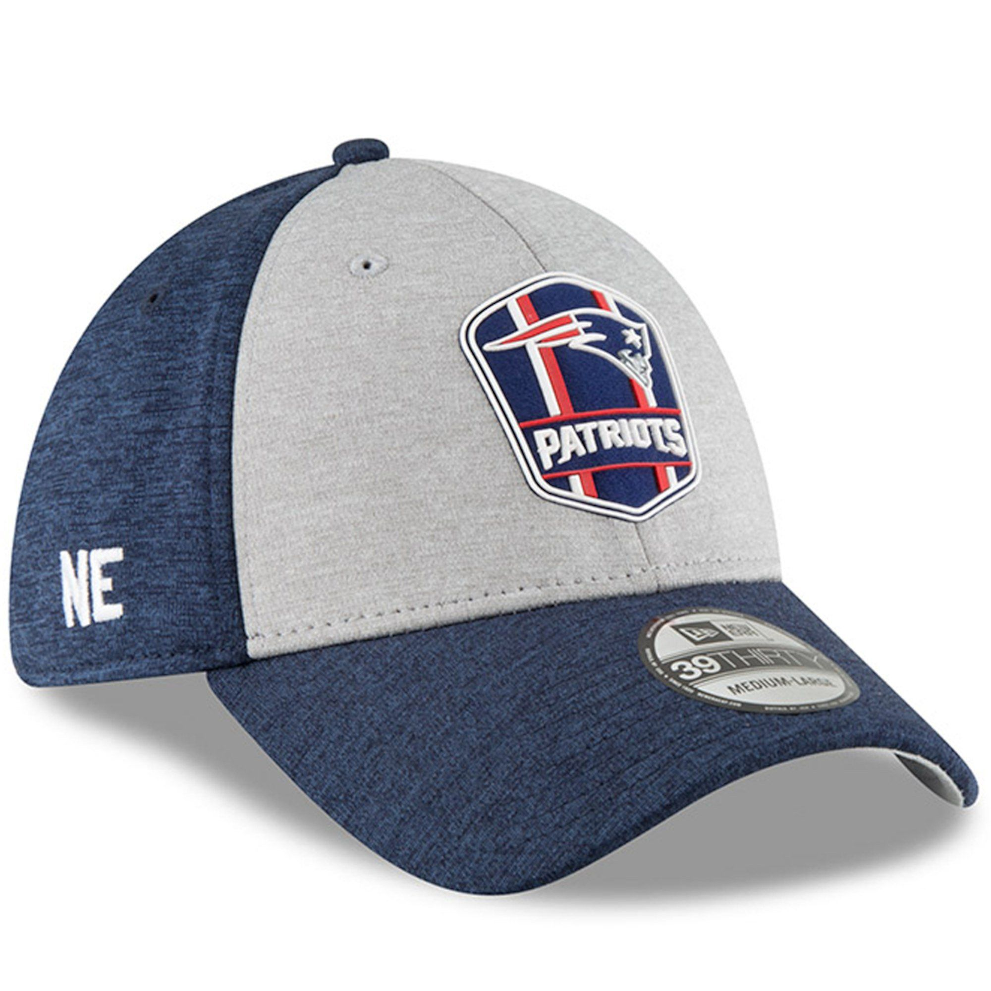 a3826cffecb Mens New England Patriots NFL18 Road Sideline 39THIRTY Flex Fit Hat By New  Era