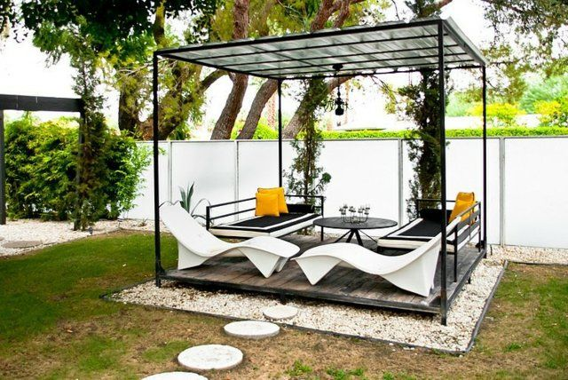 Kleingarten stilvolle Terrasse Überdachung Pergola Terrasse - holz pergola garten moderne beispiele