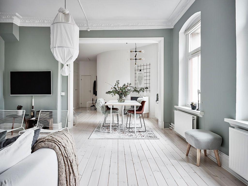 Grijze Muur Woonkamer : Mooi en klein scandinavisch appartement met groen grijze muren