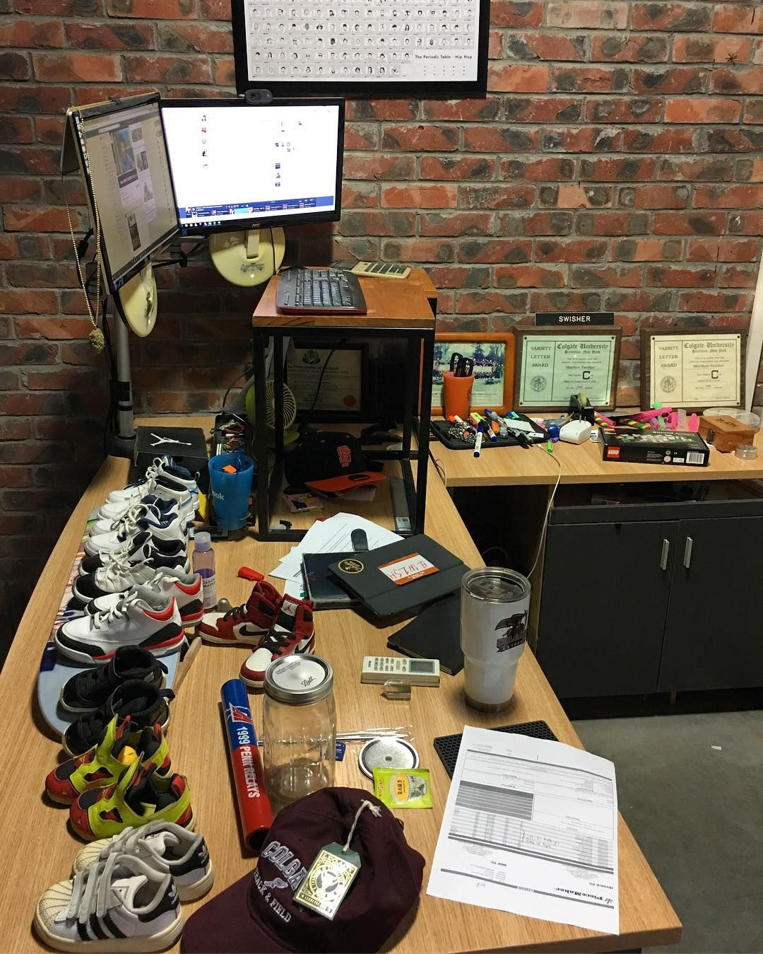 They Say Cluttered Desk Mind Then What Does And Empty