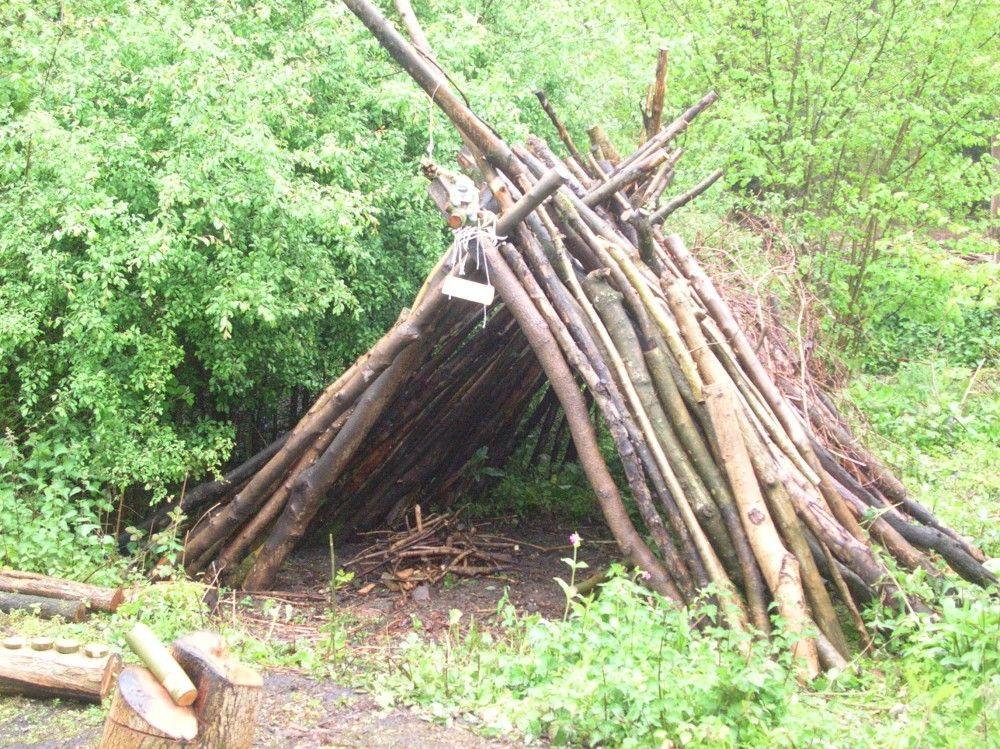 Great garden fort!   Natural playground, Forest school ...