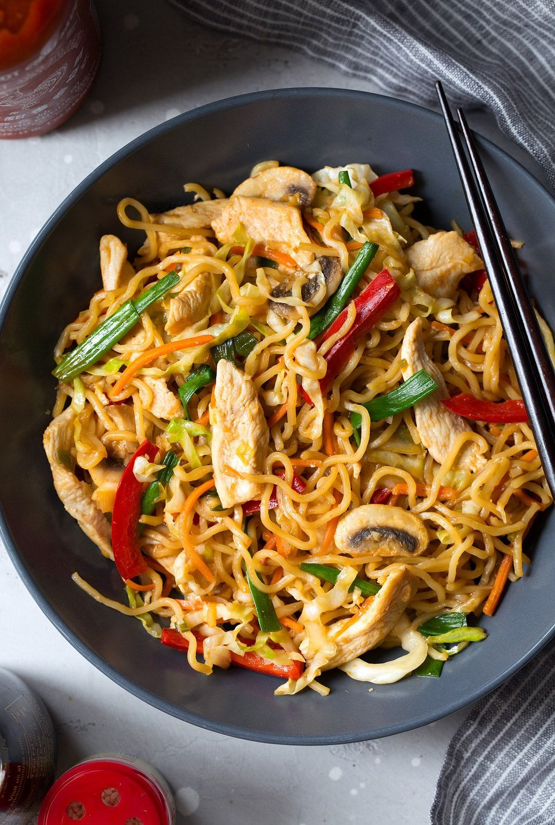 This Chicken Yakisoba Is Sure To Satisfy Those Asian Food Cravings It S A Delicious Japanese Noodle Dish Chicken Yakisoba Asian Recipes Easy Japanese Recipes