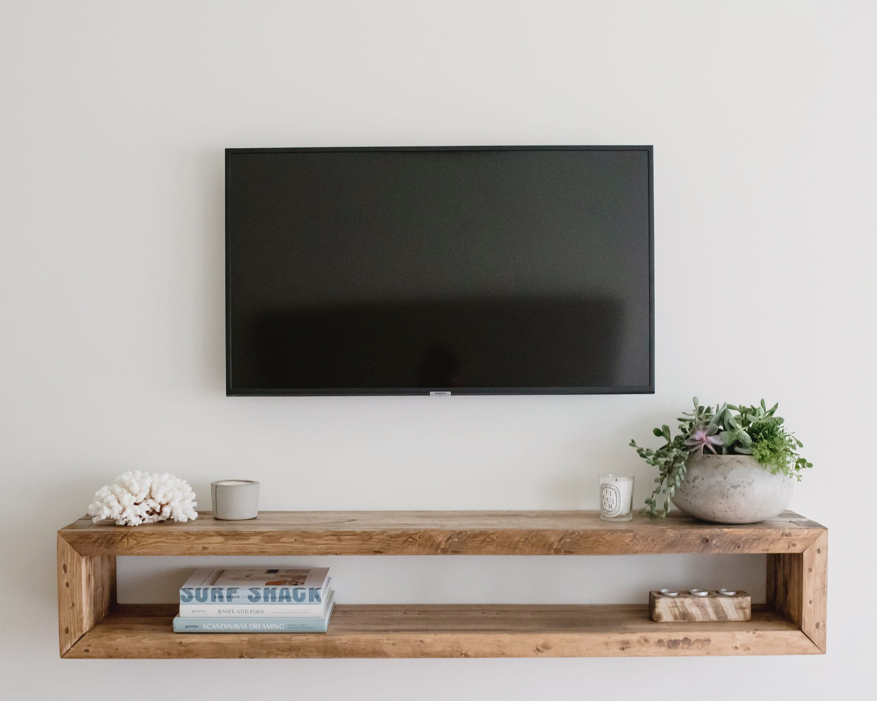 how to mount a 75 inch tv on the wall without studs
