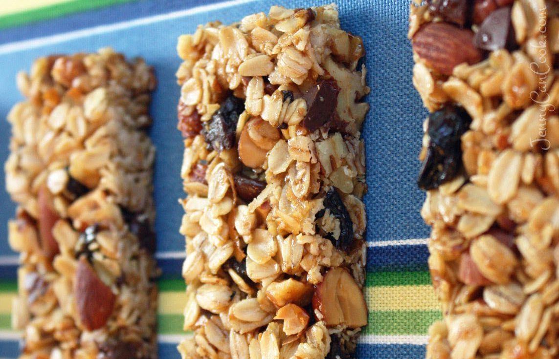 Granola Bars - Easy One-Bowl Recipe {Video   Food recipes ...