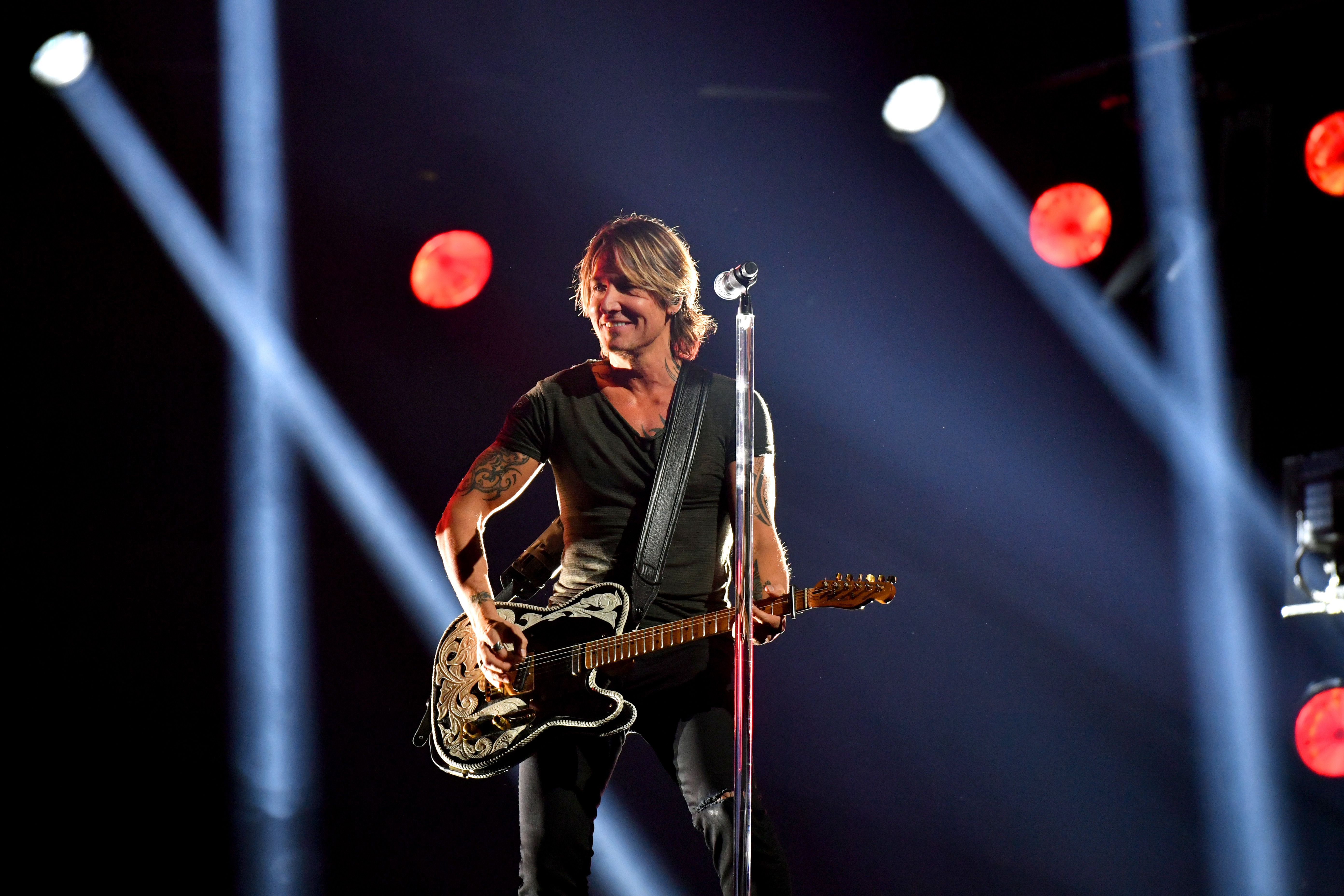 Top 10 Hottest Men In Country Music Keith Urban Loretta Lynn Country Music