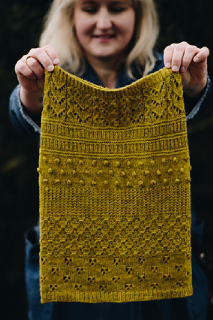 Heart Warmer pattern by Justyna Lorkowska #knittingpatterns