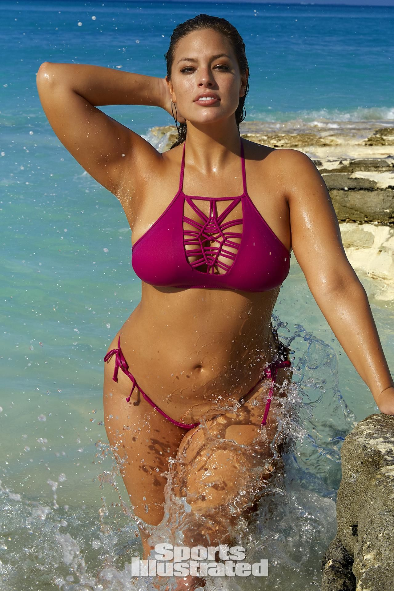 Ashley Graham Bikini Nude Photos 33