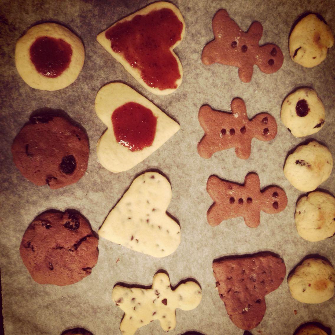 Happy Christmas Keep Calm And Eat Cookies Eat Cookies Cookies Bakery