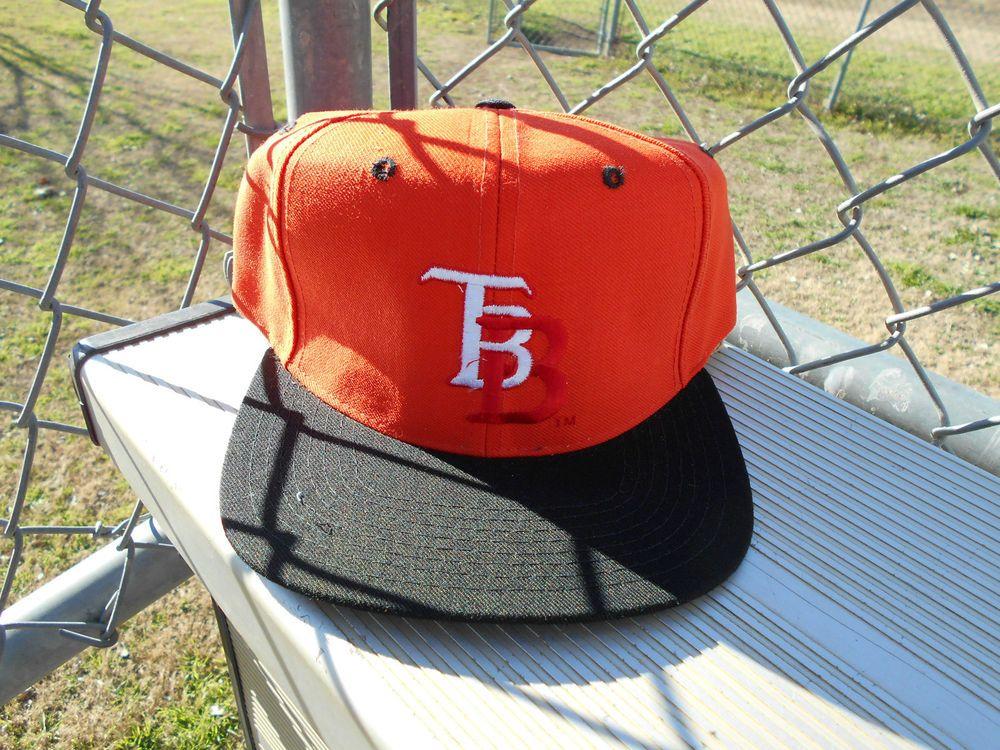 d412e8cba Vintage 90 s Deadstock New Era Tampa Bay Buccaneers Snapback Hat ...