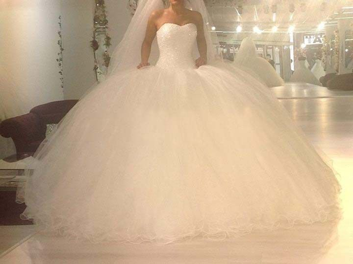 Super Poofy White Wedding Dress Google Search Ball Gowns Wedding Bridal Wedding Dresses Sweetheart Bridal Gown
