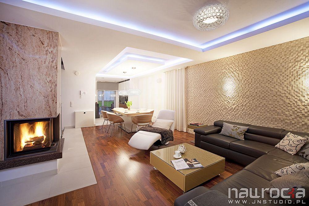 Znalezione Obrazy Dla Zapytania Salon Sufit Podwieszany Kominek Home Decor Home Fireplace