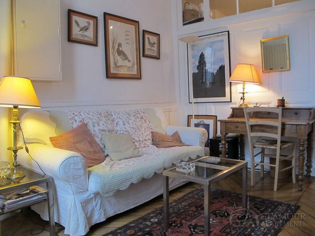 Charming Well Furnished Apartment For Rent At Rue Guenegaud. This Is A Cozy  Flat For Two Persons In The Center Of Paris   In The Famous ...