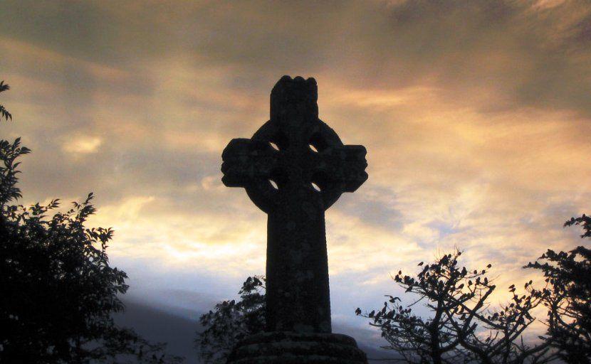Costumbres y tradiciones típicas de los irlandeses - https://www.absolutviajes.com/costumbres-y-tradiciones-tipicas-de-los-irlandeses/