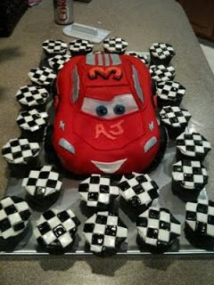 Swell Lightning Mcqueen And Checkered Flag Cupcakes Cars Birthday Personalised Birthday Cards Veneteletsinfo