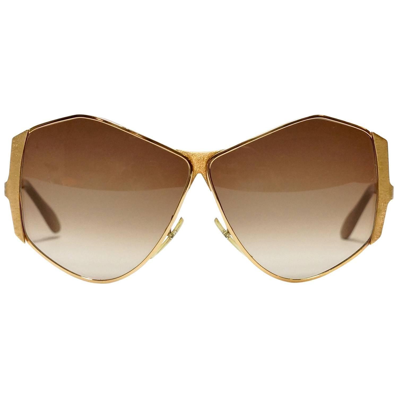 c74d2652b6c1b 1970s Neostyle Gold Metal Vintage Sunglasses - model Tinair