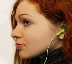 Ganz Ohr im Straßenverkehr - Kopfhörer - Viel Jugendliche sind mit Kopfhörern unterwegs. Das kann gefährlich sein, weiß die TK.