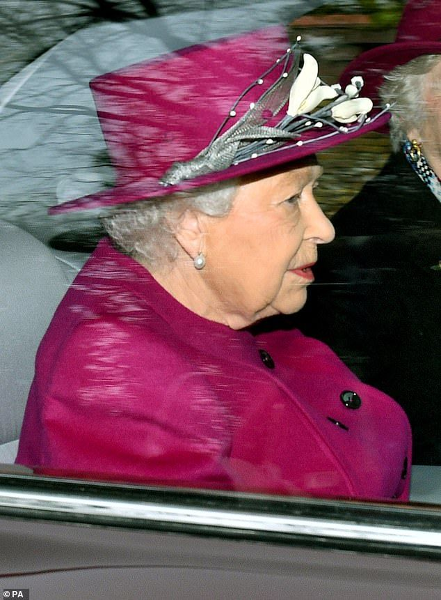 Pin on koningin elisabeth 1