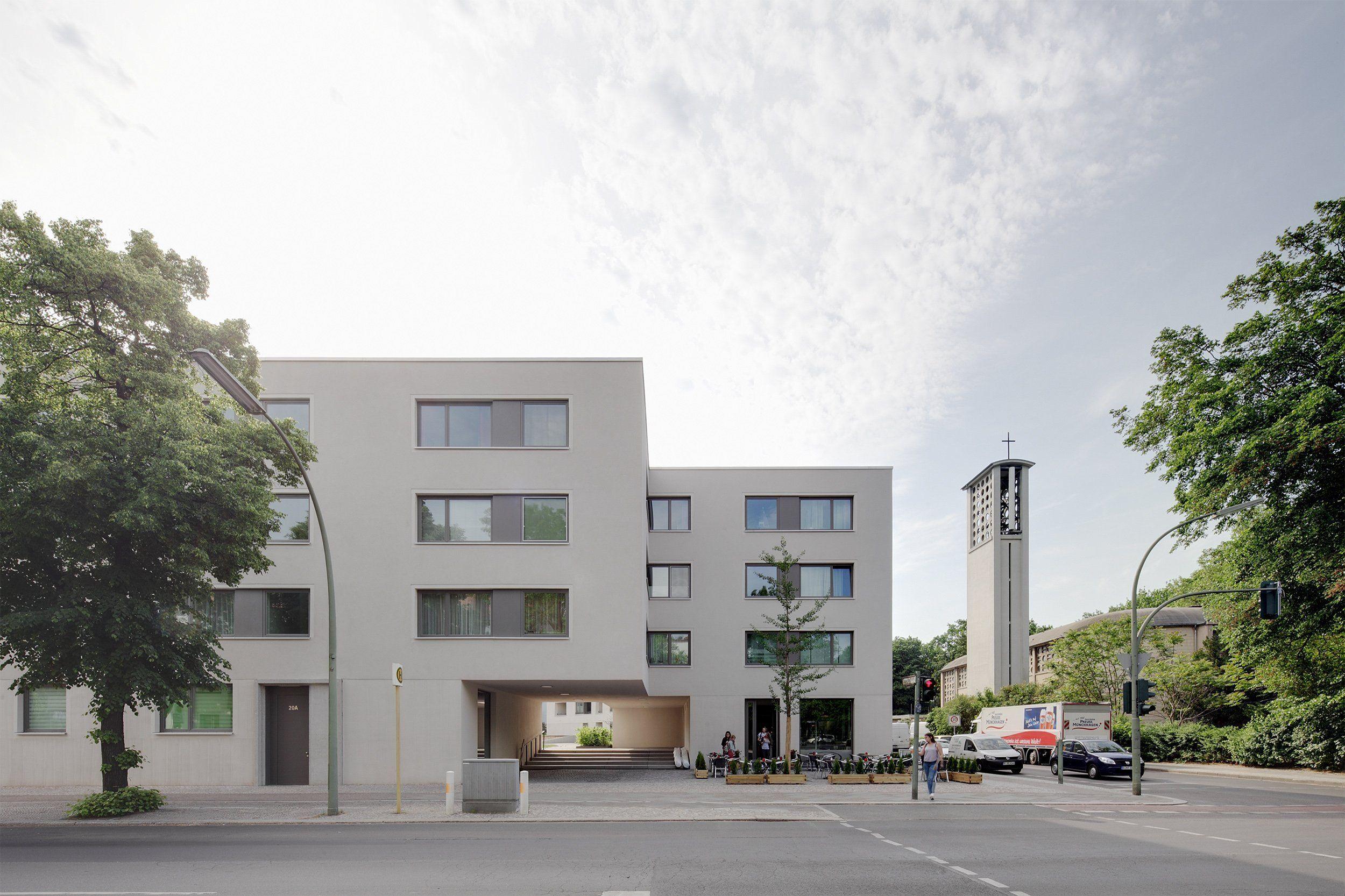 Residential Building Bruno Taut Siedlung Schillerpark Berlin