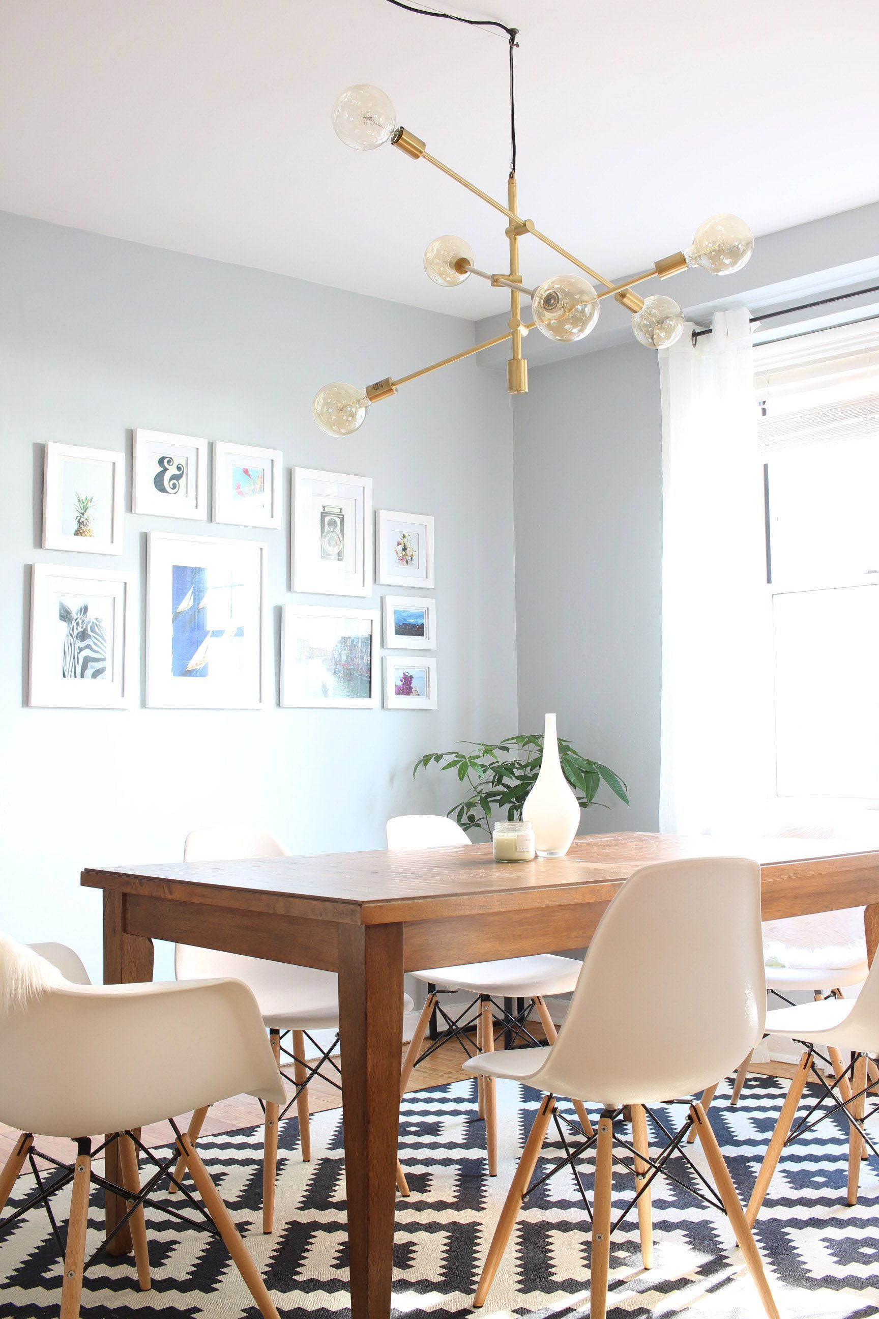 Mid Century Modern Dining Room With West Elm Mobile Chandelier Livingroom Livingroomdesign Livingroomideas