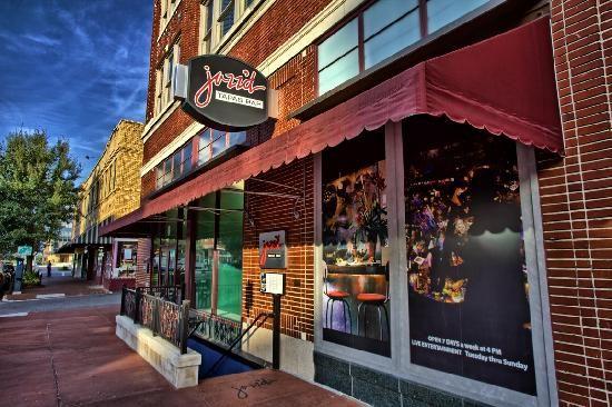 Tapas And Live Music In Savannah Savannah Chat Tapas Bar Jazz Bar