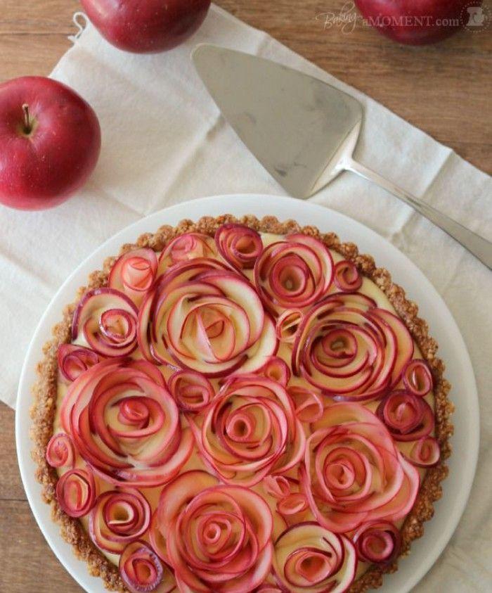 Taart met roosjes gemaakt van appel gevuld met custard for Taart en decoratie