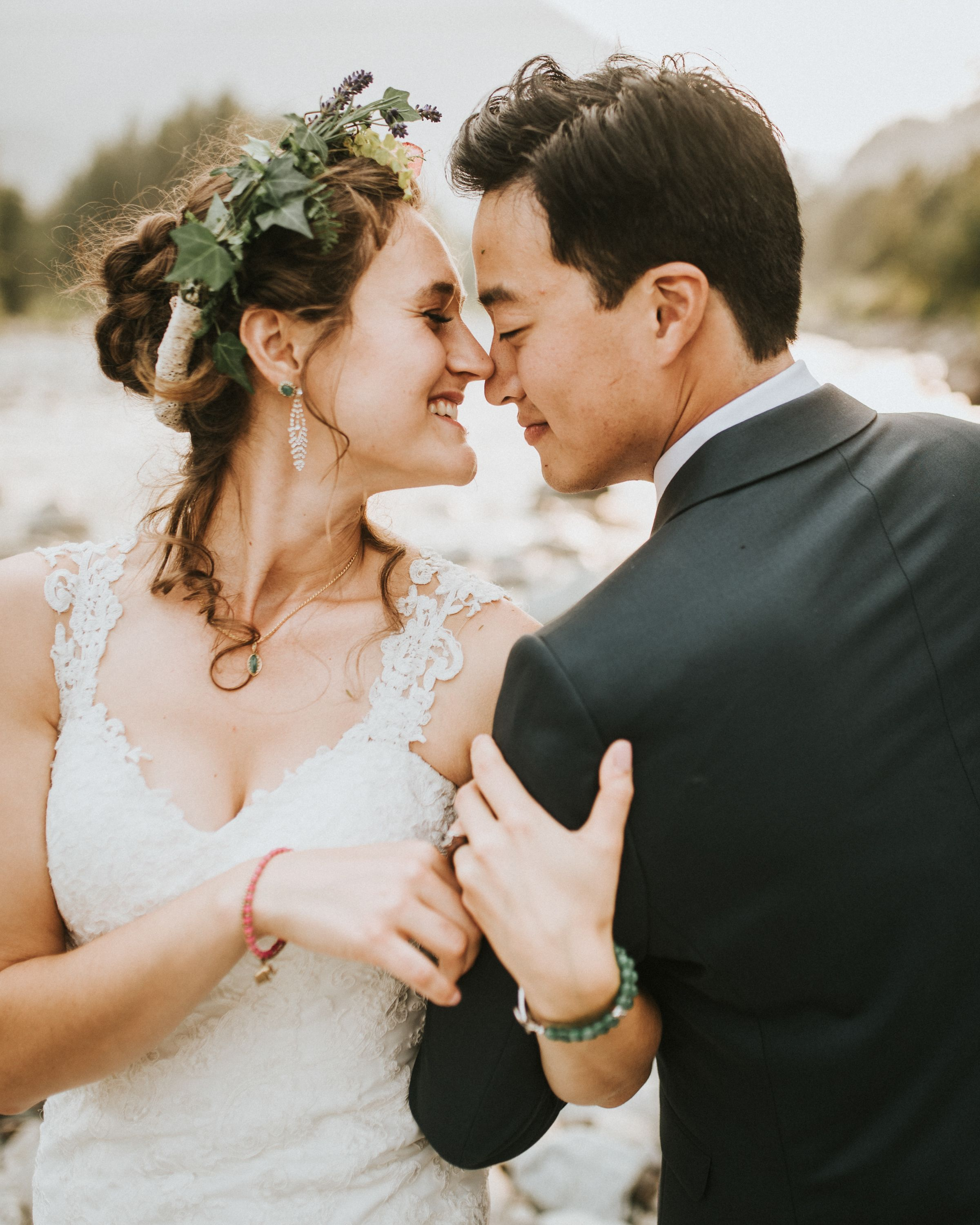 Song For Bridesmaids To Walk Down The Aisle To: Pin By Outdoor Adventures Center On River House Weddings