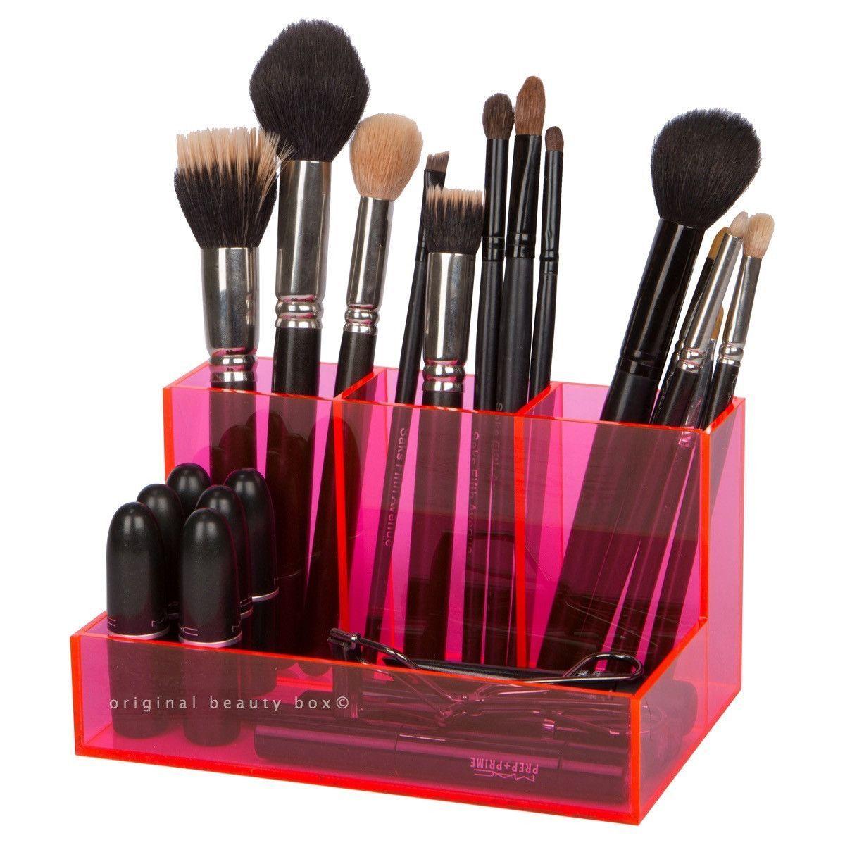 PINK BRUSH HOLDER Pink brushes, Original beauty box