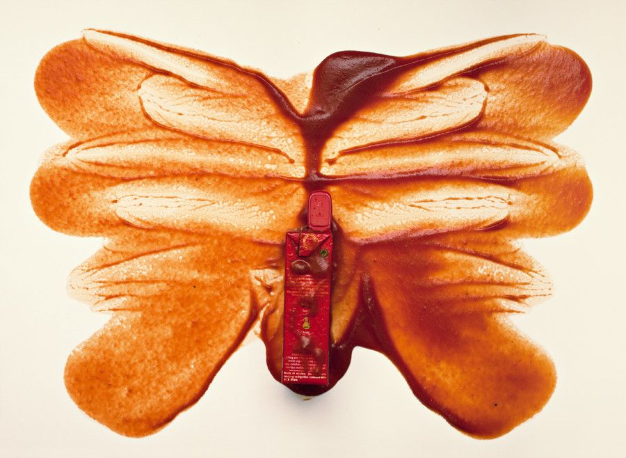 Photographer Esther Lobo, aka FahLoSue, has embarked on a personal project known simply as Rorschach that uses various food items to create works of art inspired by Rorschach inkblot tests.
