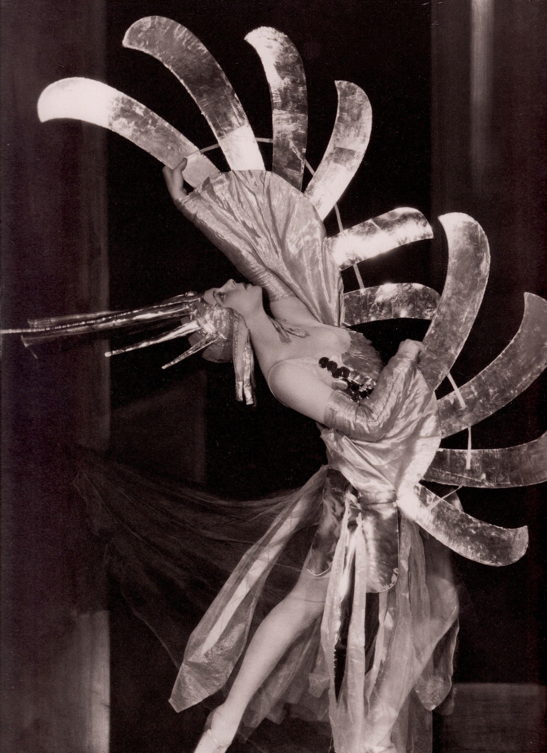 TILLY LOSCH Viennese dancer/actress/artist in the ballet \'Wake-Up ...