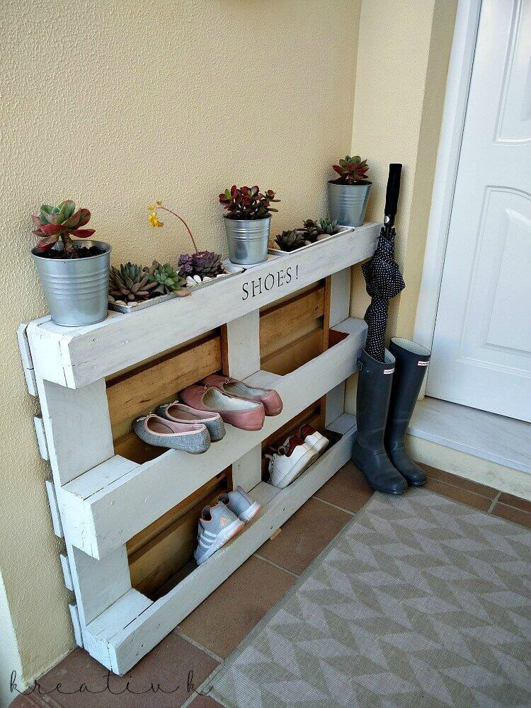 27 Awesome Shoe Rack Ideas Concepts For Storing Your Shoes Closet Entryway Diy Rotating Bedroo Pallet Shoe Rack Wooden Pallet Furniture Diy Shoe Storage