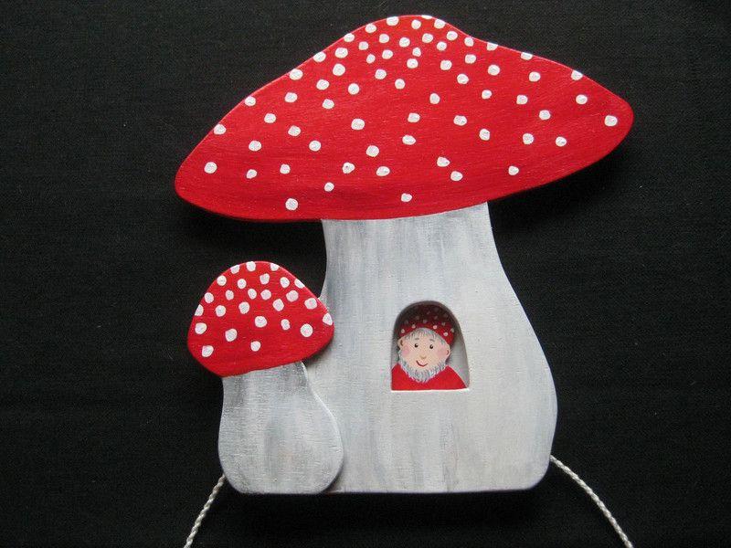 Fliegenpilz Kinderzimmer ~ Fliegenpilz bewegliches holzbild zwergenhaus von fairywoodart auf
