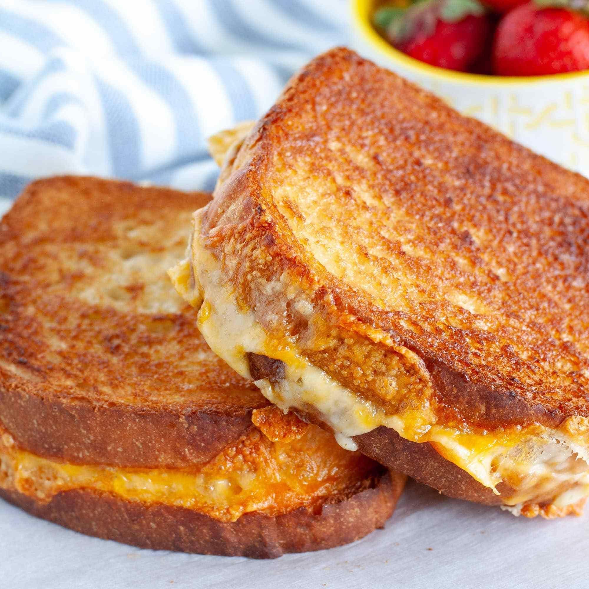 Air Fryer Grilled Cheese in 2020 Air fryer dinner